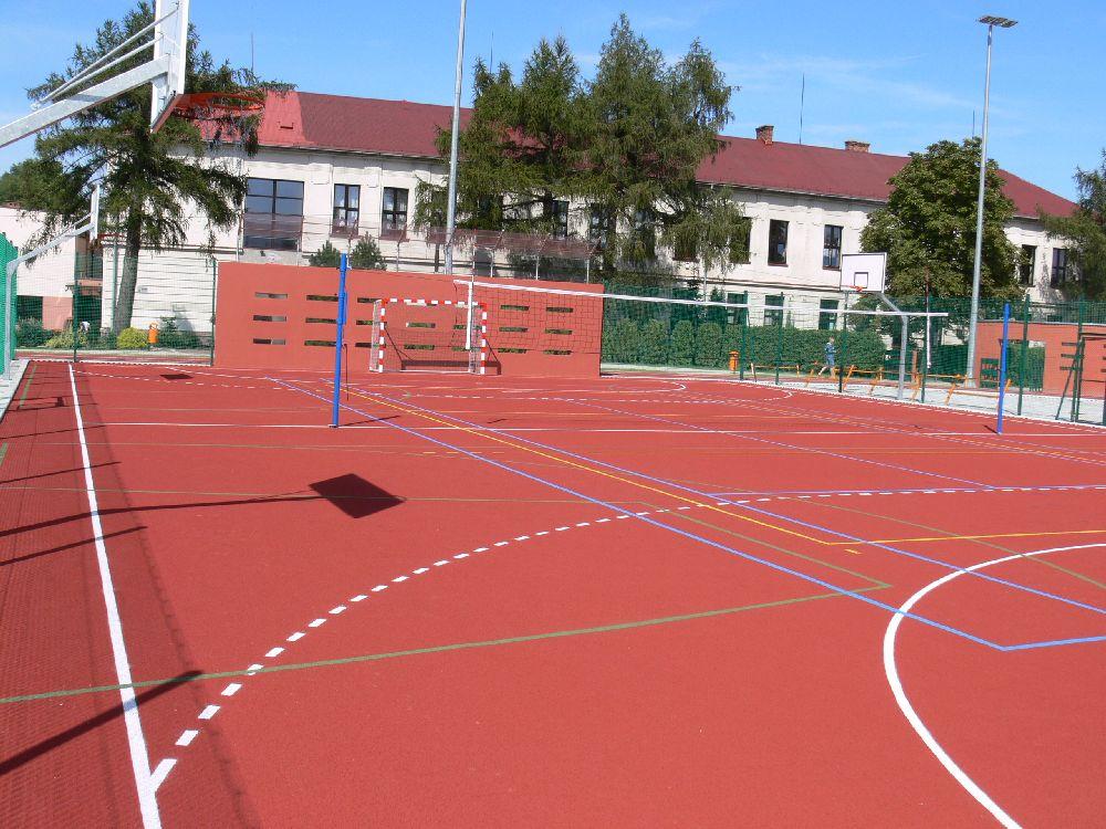 http://www.mroczko.com.pl/zdjecia/Mcze/szkoly/Jasienica3.jpg